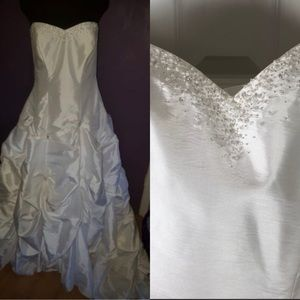 David's Bridal Wedding Ball Gown NWT Size 24W